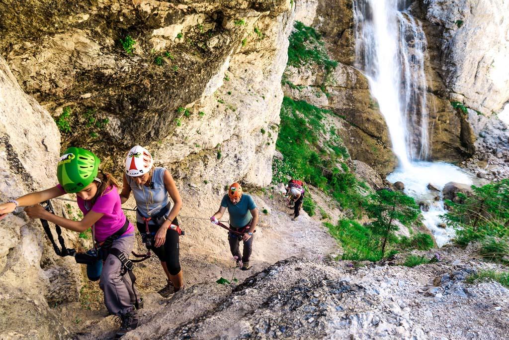 Ferrata Giovanni Barbara – Guide Alpine Cortina d Ampezzo Dolomiti bd81a352cdd
